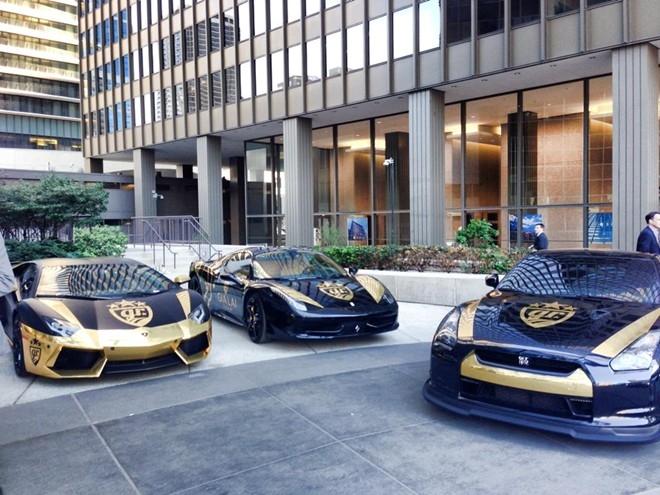 Bộ ba Lamborghini Aventador LP700-4, Ferrari 458 Italia Spider và Nissan GT-R.