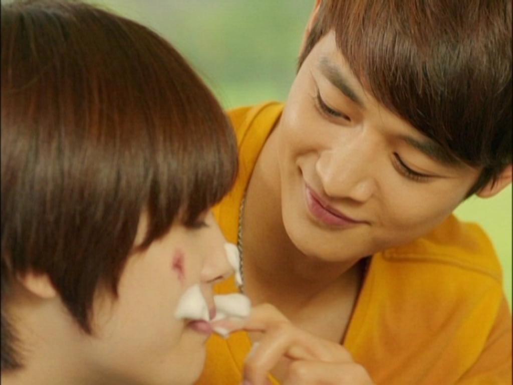 Hành động ân cần này có thể khẳng định thêm, Tae Joon đang dành nhiều tình cảm cho Jae Hee