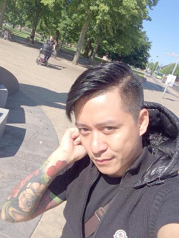 """Tuấn Hưng háo hức ghé thăm """"chảo lửa Nou Camp tại Barcelona - Tin sao Viet - Tin tuc sao Viet - Scandal sao Viet - Tin tuc cua Sao - Tin cua Sao"""