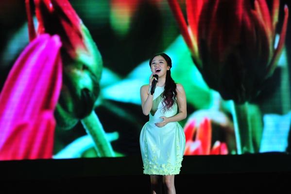 """Mặc """"bão"""" scandal, Sơn Tùng xuất ngoại lưu diễn cùng Văn Mai Hương - Tin sao Viet - Tin tuc sao Viet - Scandal sao Viet - Tin tuc cua Sao - Tin cua Sao"""