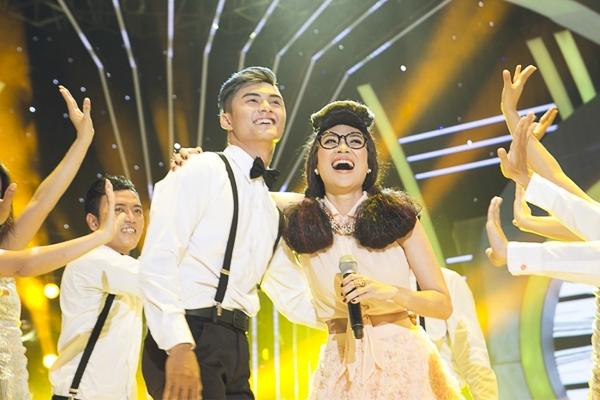 Sự góp mặt của Mỹ Tâm trong show 11 hứa hẹn sẽ mang đến một làn gió mới cho chương trình. Show 11 Gương mặt thân quen sẽ được phát sóng lúc 21g15 trên VTV3 ngày 07/06/2014. - Tin sao Viet - Tin tuc sao Viet - Scandal sao Viet - Tin tuc cua Sao - Tin cua Sao