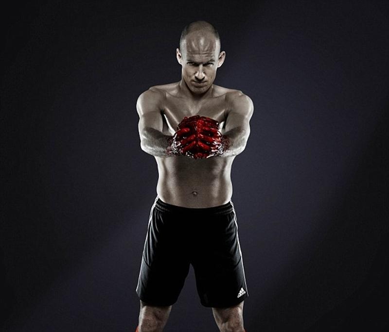 Robben cũng tham gia vào đoạn phim quảng cáo của Adidas