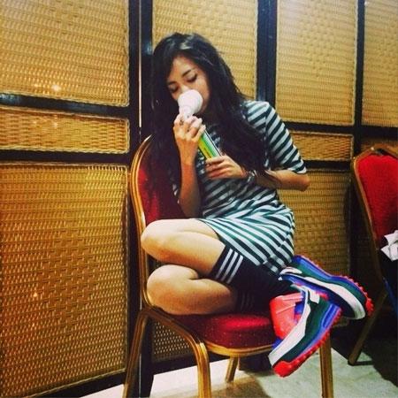 """Dara đăng tải hình ảnh với nội dung: """"Tôi vẫn sống....tôi vẫn sống"""""""