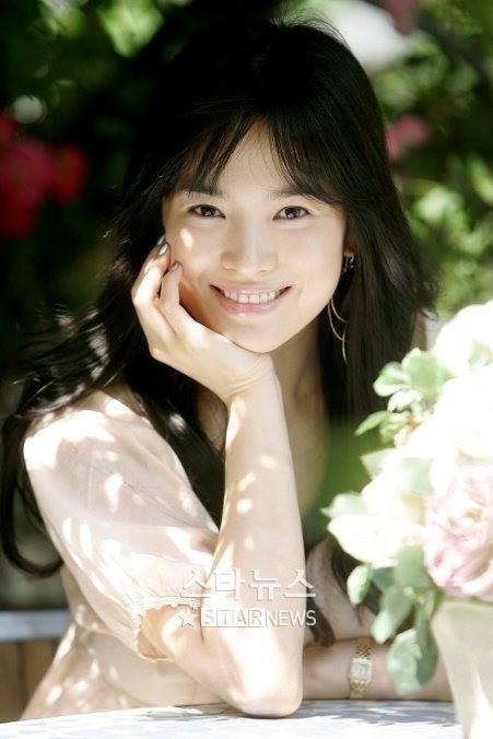 10 sao Hàn có nụ cười khiến đối phương vui vẻ và ấm áp nhất