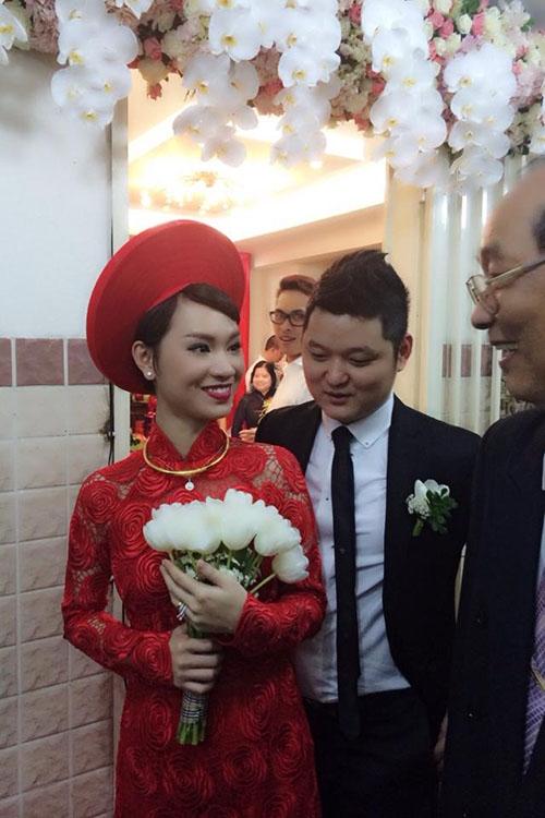 Trà My Idol rạng rỡ trong lễ rước dâu - Tin sao Viet - Tin tuc sao Viet - Scandal sao Viet - Tin tuc cua Sao - Tin cua Sao