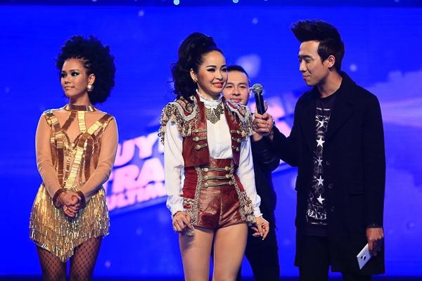 """Sau các lượt bình chọn trong đêm, kết quả với 27%, """"bà mẹ bốn con"""" Trang Nhung đã phải chia tay top 3. - Tin sao Viet - Tin tuc sao Viet - Scandal sao Viet - Tin tuc cua Sao - Tin cua Sao"""