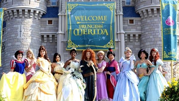 22 sự thật ít ai biết về các nàng công chúa Disney