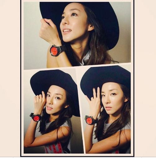 Dara khoe hình tự sướng cực trẻ trung
