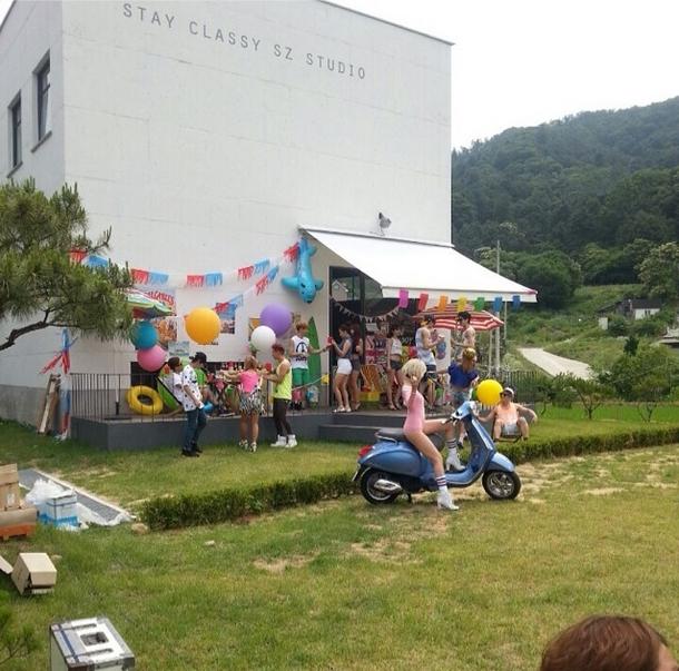 Hyomin trong hậu trường quay MV Nice Body của