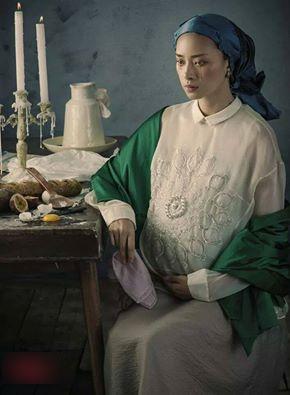 Ngô Thanh Vân đã hóa thân một cách xuất sắc vào vai một người phụ nữ mang bầu với ánh mắt vô hồn rướm lệ và một gương mặt sầu não của sự tận cùng đau khổ. Không ít khán giả cảm thấy 'giật mình' khi ngắm nhìn bức ảnh này của Ngô Thanh Vân.