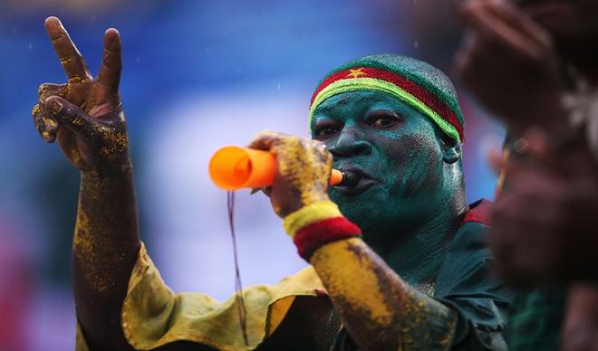 Tại ngày hội lớn của thế giới như World Cup không thể không nhắc tới tính đa dạng của các dân tộc. Điều này thể hiện rõ ràng qua trang phục của người hâm mộ đem đến Brazil. Những điều ấy giúp World Cup trở nên đầy sắc màu, rộn ràng. Dù phục trang và cách cổ vũ như thế nào, người hâm mộ vẫn có điểm chung là tình yêu với trái bóng tròn. Tất cả hòa vào thành một, đúng như mục đích của kỳ World Cup lần này: We are one.