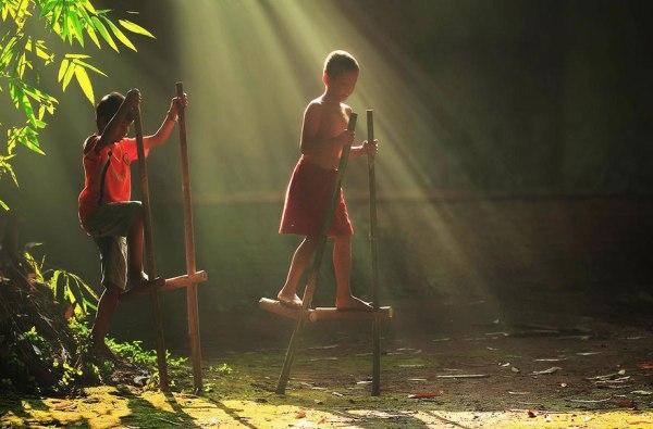 Ngắm làng quê Indonesia mộc mạc giống hệt Việt Nam