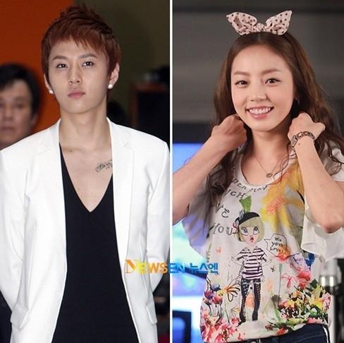 """Junhyung (BEAST) và Hara (KARA) từng một thời là cặp """"trai tài gái sắc"""" của làng nhạc Kpop, trước khi đường ai nấy đi vào năm 2013. Ngày 28/6/2011, Dispatch công khai loạt ảnh cả hai đi uống cafe, tay trong tay dạo quanh khu gần nhà Junhyung. Trước bằng chứng xác thực, 2 công ty quản lý đồng thời xác nhận họ đã tìm hiểu nhau được 1 tháng."""