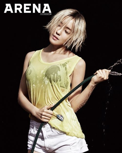 Ngỡ ngàng với hình ảnh ướt át của Hyomin