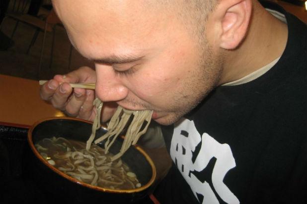 Những phong tục ăn uống thú vị trên thế giới