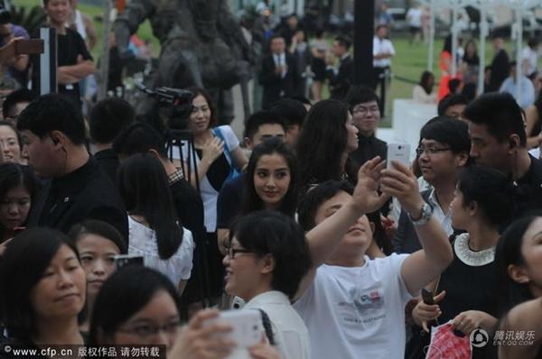 AngelaBaby bị 'hắt hủi' khi Song Hye Kyo xuất hiện