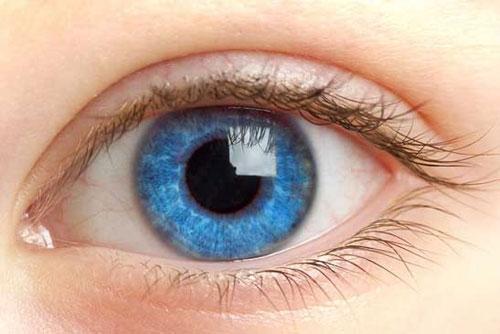 Mắt một mí thu hút hơn mắt hai mí?
