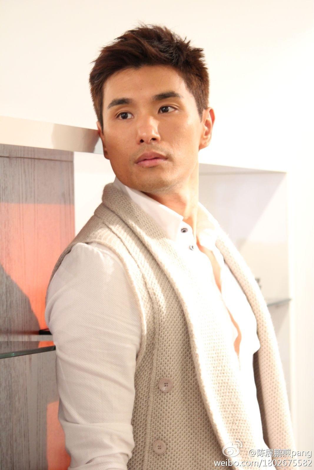Sao TVB để lộ ảnh 'nóng' vì chụp ảnh tự sướng