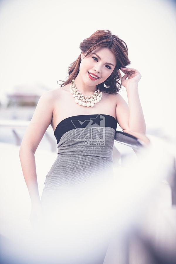 Ruby Lê trở lại showbiz với hình ảnh cá tính và quyến rũ.