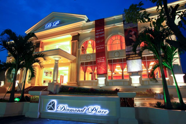 Diamond Place – nơi diễn ra buổi offline Touch with Stars