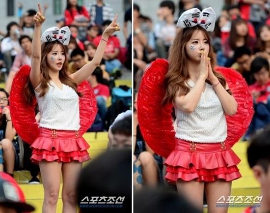"""""""Búp bê World Cup"""" người Hàn đang gây sốt trên cộng đồng mạng."""