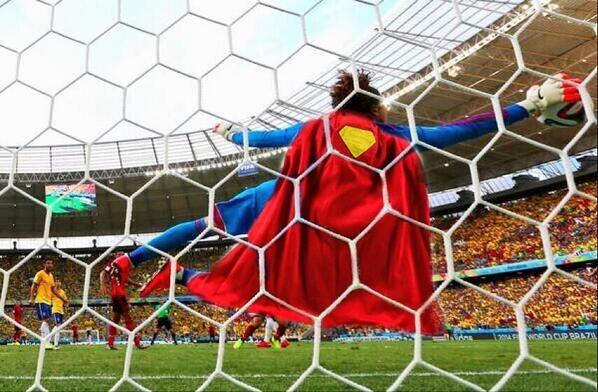 Ochoa được xem như là siêu nhân