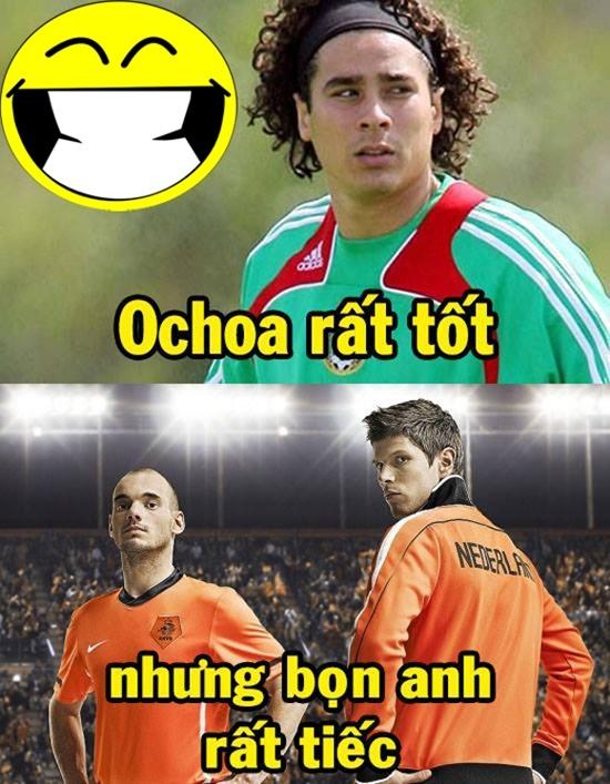 Thủ thành Ochoa của Mexico đã rất xuất sắc nhưng Sneijder, Huntelaar rất tiếc.