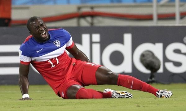 Jozy Altidore (đội tuyển Mỹ) dính chấn thương gân khoeo ở trận gặp Ghana. Sau đó anh đã bỏ lỡ 2 trận sau đó của đội tuyển Mỹ