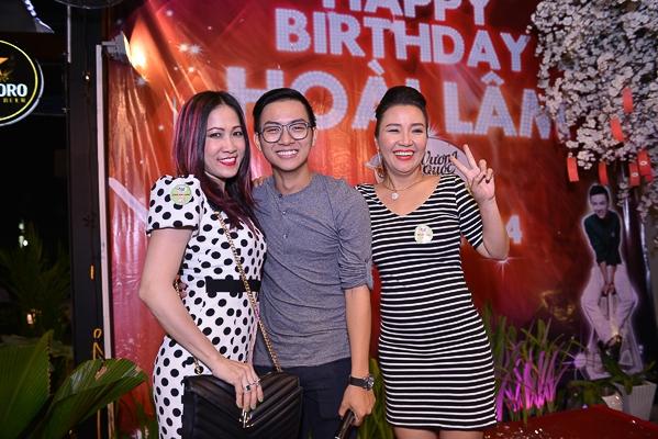 Hoài Lâm quậy tưng bừng trong tiệc sinh nhật lần thứ 19 - Tin sao Viet - Tin tuc sao Viet - Scandal sao Viet - Tin tuc cua Sao - Tin cua Sao