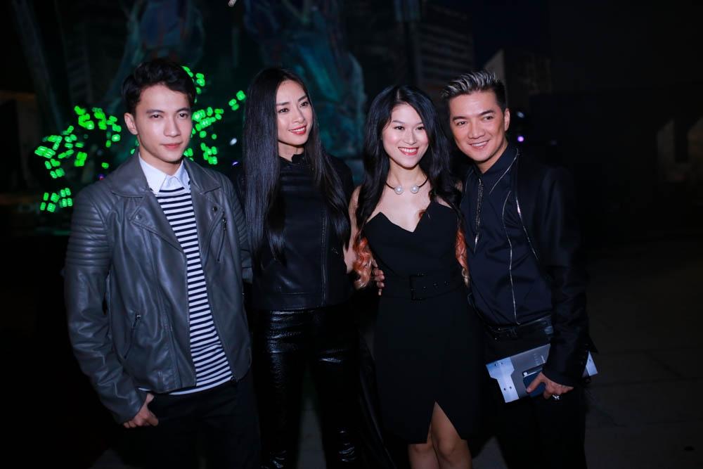 Mr Đàm và Ngô Thanh Vân là bạn bè thân thiết trong showbiz. Sắp tới, anh cũng sẽ góp mặt trong bộ phim điện ảnh Việt mang tên Hiệp sĩ mù.