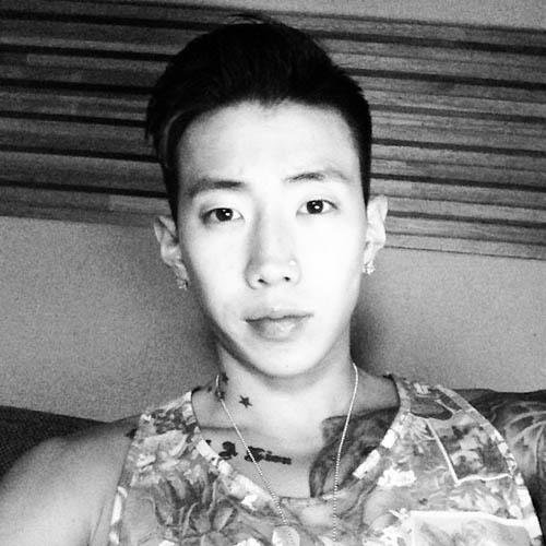 Jay Park khoe hình tự sướng cực ngầu