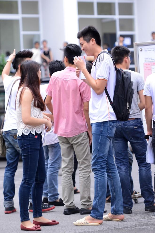 Bạn Phạm Hồng Ngọc gây ấn tượng với chiều cao khủng với 1,9 m dự thi ngành Diễn viên.