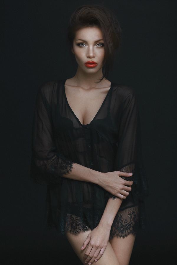 Siêu mẫu Minh Tú là một gương mặt trẻ tạo được rất nhiều tiếng vang sau khi đoạt giải bạc siêu mẫu việt Nam 2013.