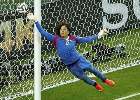 """[Bóng Đá] Các thủ môn đang trở thành """"kép chính"""" tại Brazil"""