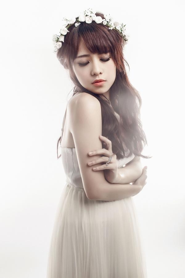 Bỏ Bích Phương, Thái Trinh làm tình mới của Tiên Cookiee