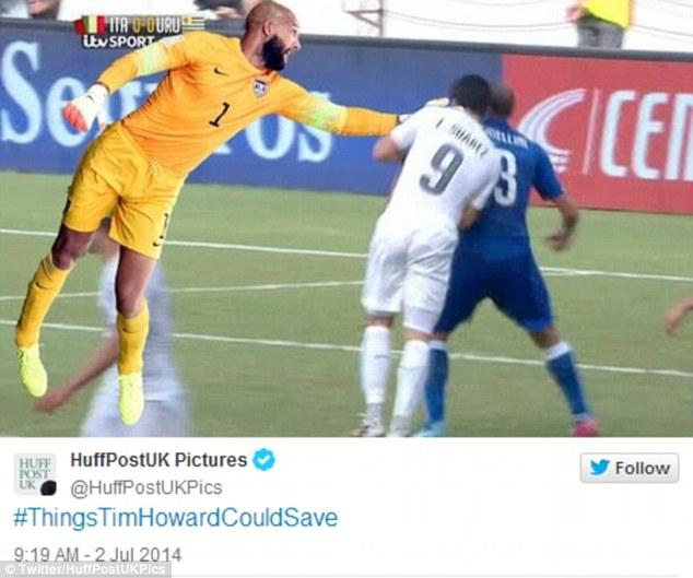Người hùng Howard bảo vệ Chiellini khỏi hàm răng của Suarez