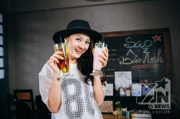 Ngoài ra, Bảo Anh còn hướng dẫn các bạn làm 2 thức uống do cô tự sáng chế có công dụng giúp hạ nhiệt vào những ngày hè oi bức, nóng nực. - Tin sao Viet - Tin tuc sao Viet - Scandal sao Viet - Tin tuc cua Sao - Tin cua Sao