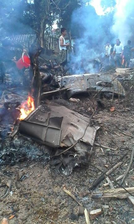 Máy bay rơi ở ngoại thành Hà Nội, một số chiến sĩ đã hi sinh