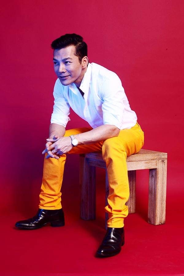 """Vào những ngày này, thông tin về phim """"Đoạt hồn"""" do Trần Bảo Sơn đóng vai nam chính Vương Gia Huy cũng đang rất được chờ đợi."""
