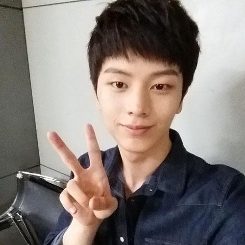 Sungjae (BTOB) bắt đầu gia nhập Instagram và khoe hình ảnh đầu tiên