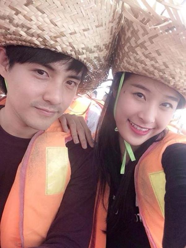 """""""Cặp đôi hoàn hảo""""Đông Nhi và Ông Cao Thắng đang trải qua những khoảng thời gian hạnh phúc đi chơi cùng nhau."""