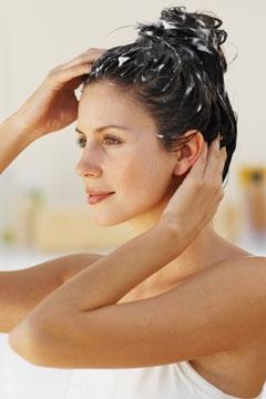 5 bí quyết giúp tóc của bạn bớt bết dầu