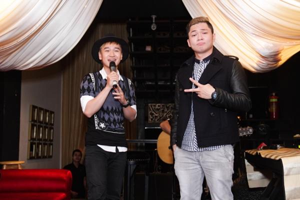 Bên cạnh đó, một số người bạn thân thiết của Bảo Kun cũng có mặt và kết hợp với giọng ca Top 3 Học viện ngôi sao trong những tiết mục ấn tượng.