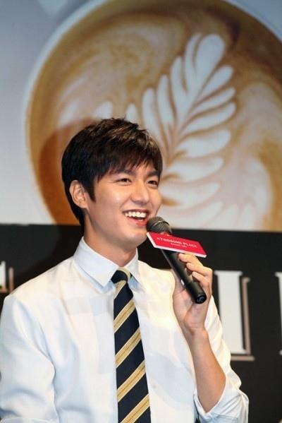 Lee Min Ho muốn đóng nhiều phim trước khi sang hàng băm