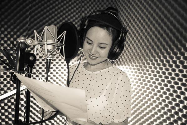 """Gần đây nữ ca sĩ còn được chú ý khi tham gia chương trình """"Gương mặt thân quen"""". - Tin sao Viet - Tin tuc sao Viet - Scandal sao Viet - Tin tuc cua Sao - Tin cua Sao"""