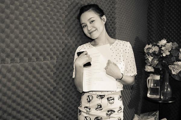 Vy Oanh được biết đến như ca sĩ của những bản ballad ngọt ngào như: Cho em một co đường, Đồng Xanh, Fly, Hương Rừng,... - Tin sao Viet - Tin tuc sao Viet - Scandal sao Viet - Tin tuc cua Sao - Tin cua Sao