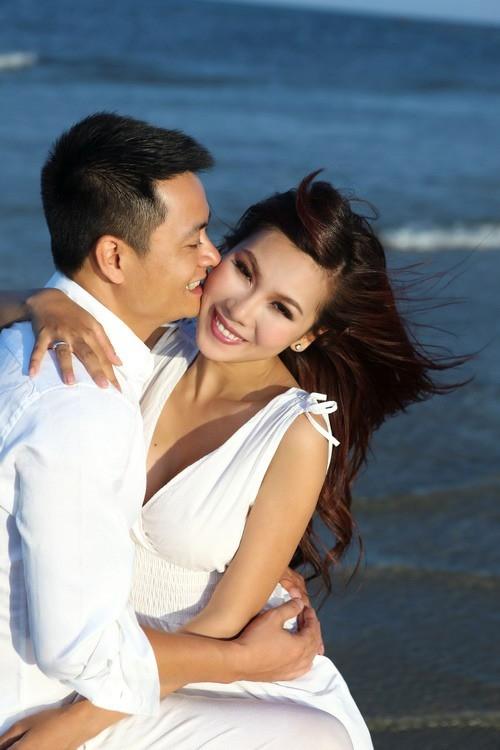 Khánh Ngọc và chồng lặng lẽ ly hôn cách đây 1 năm.