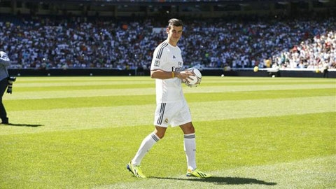 Bale trong ngày ra mắt Real