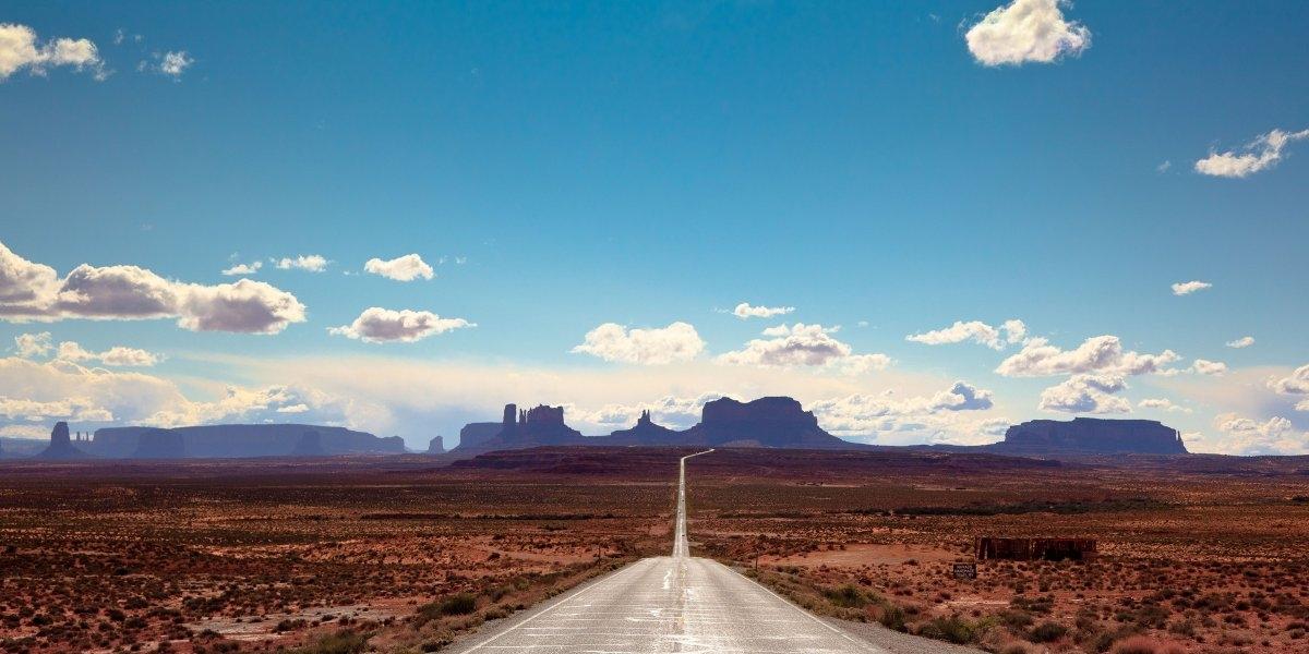 20 con đường tuyệt đẹp chờ đợi bạn đi qua một lần trong đời