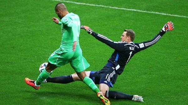 Pha cản phá quyết liệt như một hậu vệ của Neuer